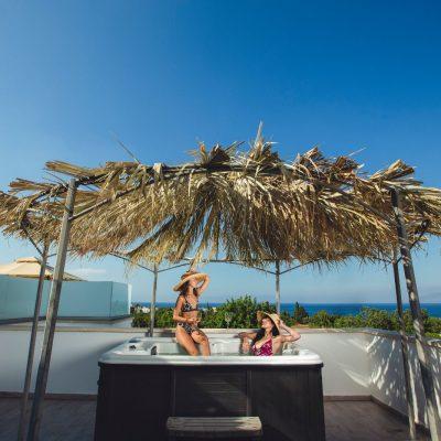 Jacuzzi hotel cyprus